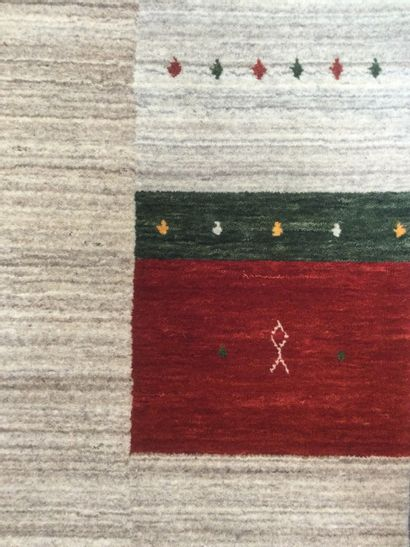 TAPIS d'orient GABBEH de style moderne en laine sur trame coton, dim. 301 x 200...