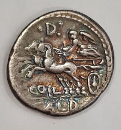 REPUBLIQUE ROMAINE - C. COELIUS CALDUS - Denier argent - A/. Tête casquée de Rome...