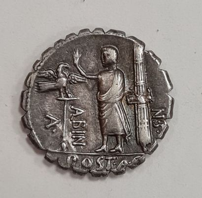 REPUBLIQUE ROMAINE - POSTUMIA - Denier argent - A/ Tête voilée d'Hispania (l'Espagne)...