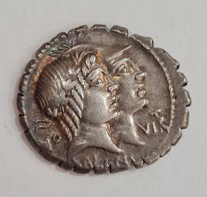 REPUBLIQUE ROMAINE - FUFIUS CALENUS et MUCIUS CORDUS - Denier argent - A/ Bustes...