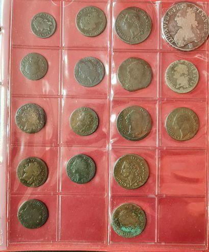 Classeur comprenant 71 monnaies de Louis...