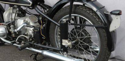 BMW R51 Bicylindres 500 super sport modèle à double arbre à cames et culasse à ressort...