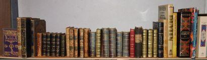 1 B- Bibliothèque d'un collectionneur  Ensemble de livres anciens et modernes (environ...