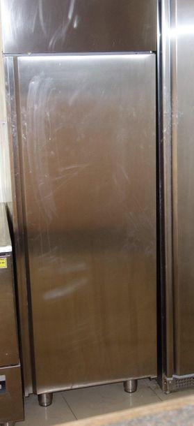 57- Réfrigérateur 2 portes en inox