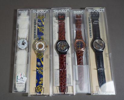 31- SWATCH  Lot de cinq montres vintage  (état...