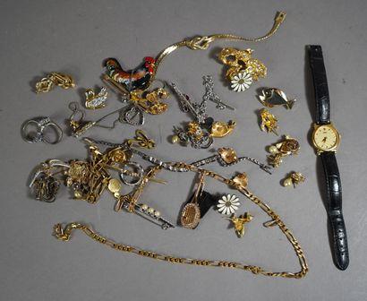 36- Lot de bijoux fantaisie : boucles d'oreilles,...