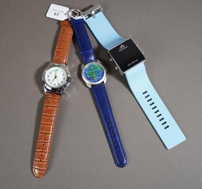 19- Lot de trois montres : Adidas, Danza...
