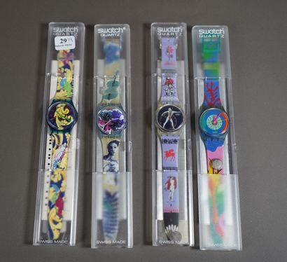 29- SWATCH  Lot de quatre montres vintage...