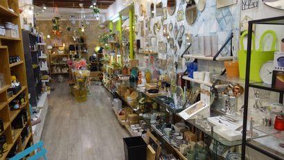 Décoration, bijoux fantaisie, accessoires...