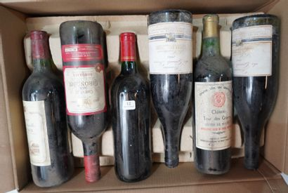 12- 12 bouteilles de vins divers : Bordeaux,...