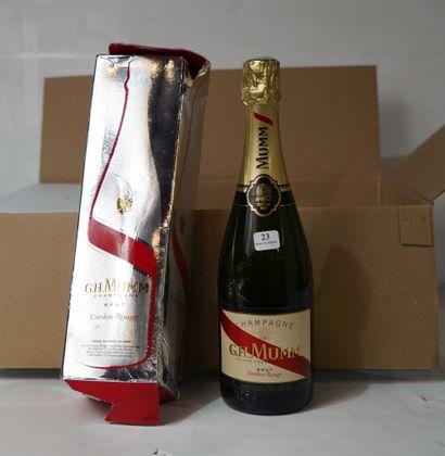 23- 5 bouteilles de Champagne Mumm Cordon...