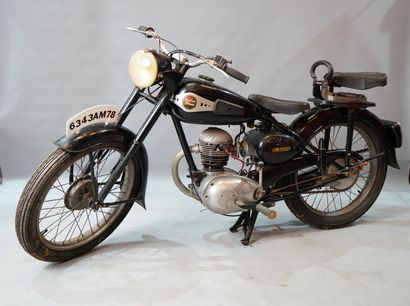 1- Moto MAGNA DEBON Type PATD 1951 125 c...