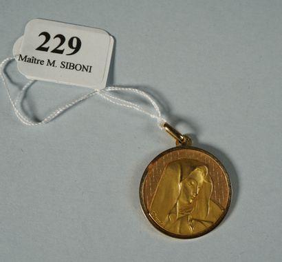 229- Médaille religieuse ''Vierge Marie''...