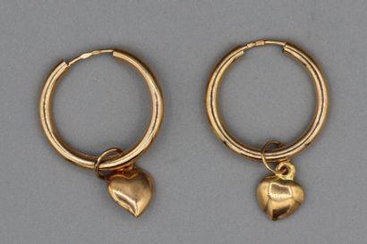 201- Paire de boucles d'oreilles créoles...