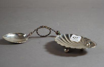 427- Petite coupelle en argent  Pds : 31...