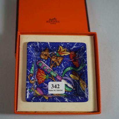 342- HERMES  Petite coupelle en porcelaine...