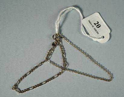 20- Deux bracelets en argent  Pds : 3,6 g