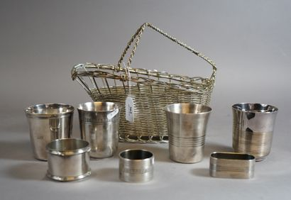 362- Porte-bouteille en métal argenté tressé,...