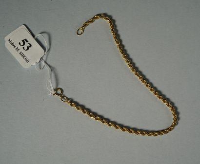 53- Bracelet torsadé en or  Pds : 1,6 g