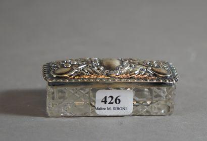 426- Boîte en cristal taillé et argent