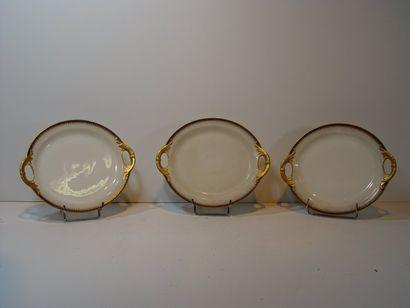 Trois assiettes de présentation LIMOGES-...