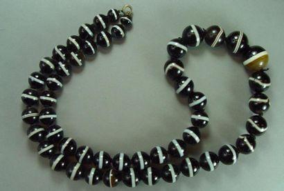 Collier de perles de pierres dures Longueur:...