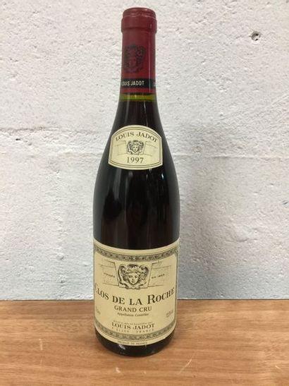 Latricières-Chambertin 4 bouteilles grand cru.  Domaine Louis JADOT 1997  (N)  Etiquettes...