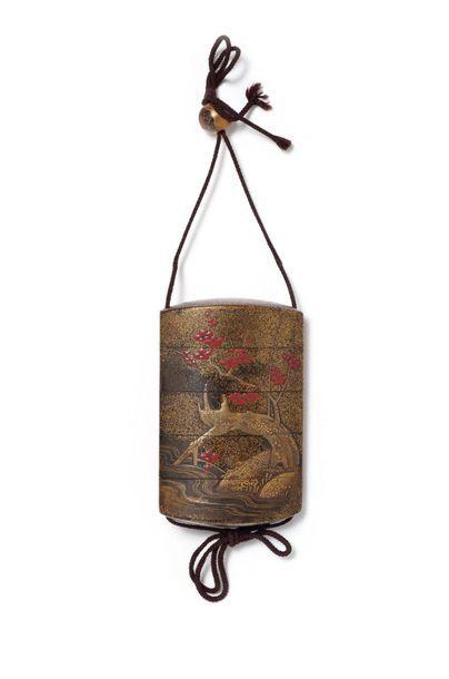 JAPON - Fin Époque EDO (1603 - 1868) Inro à quatre cases en laque hirame à décor...