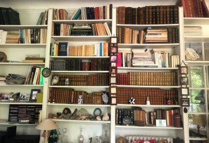 Ouvrages divers et bibelots