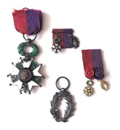 FRANCE Ordre de la légion d'honneur. Insignes...