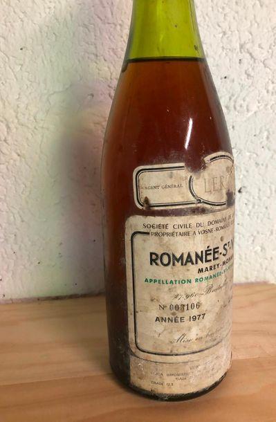 ROMANEE ST VIVANT / 1977 / 4,5cm / VIN ÉVOLUÉE, ETQ MARQUE ET TACHÉE ET MANQUE ...