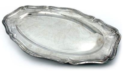 Grand plat ovale en argent Poinçon Minerve...