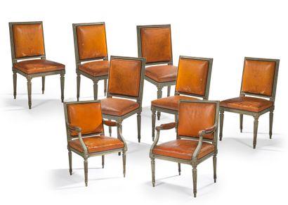 Suite de six chaises et deux fauteuils en...