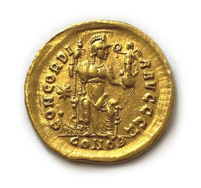 # Monnaies Antiques Théodose II (408-450) Solidus or . Constantinople. Son buste...