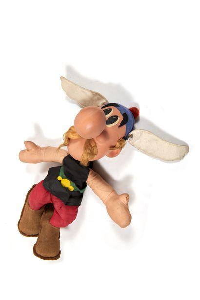 Astérix - Poupée: Ancienne figurine en tissu...