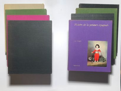 8 Volumes :