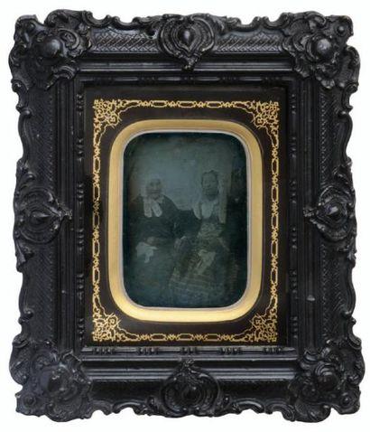 Portrait de deux femmes, c. 1850 Daguerréotype...
