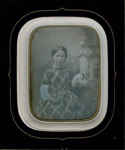 Jeune fille à la fleur, c. 1850 Daguerréotype...