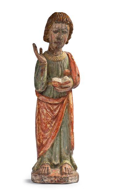 Saint Jean en noyer sculpté et polychromé....
