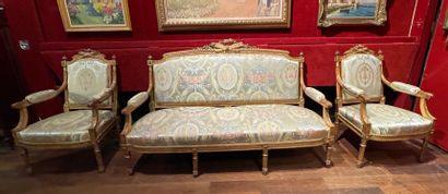 Mobilier de salon comprenant un canapé,...