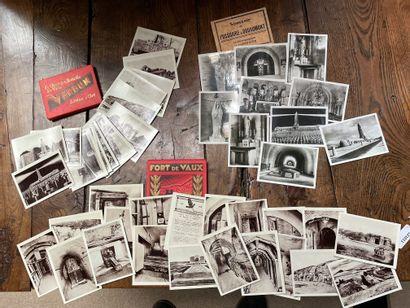 Ensemble de trois carnets de photographies...