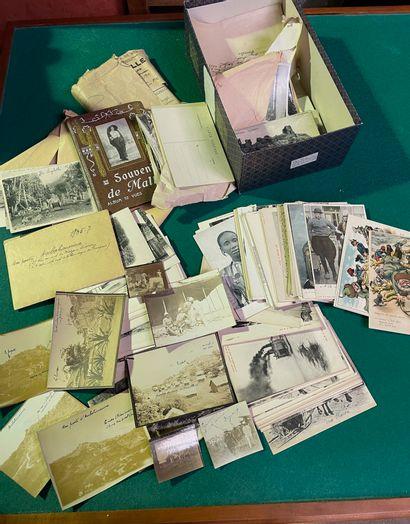 Ensemble de cartes postales dont Afrique,...