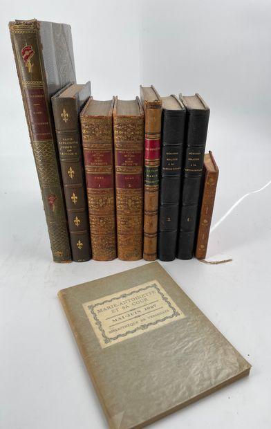 Ensemble de livres reliés et brochés sur...