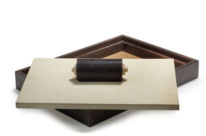 Rose ADLER (1892-1959), attribué à Importante boîte à correspondance en placage d'ébène...