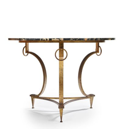 Maison RAMSAY Table guéridon à plateau circulaire reposant sur un piétement tripode...