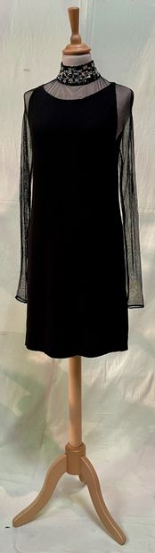 RITMO DI PERLA  Petite robe noire en tulle...