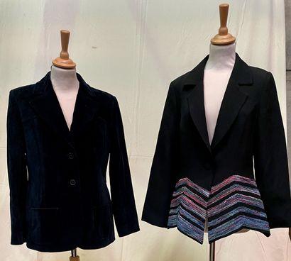 Ensemble de deux vestes :  INES DE LA FRESSANGE...