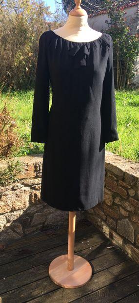 JOSTE Casablanca  Petite robe noir en crêpe...