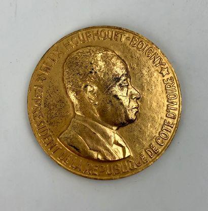 DELANNOY  Médaille en argent doré premier...