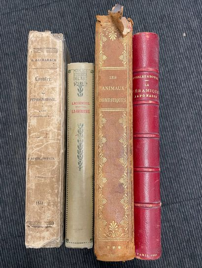 Ensemble de quatre ouvrages reliés dont La...